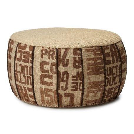 Tela de saco impresa, para el tapizado de este puf.