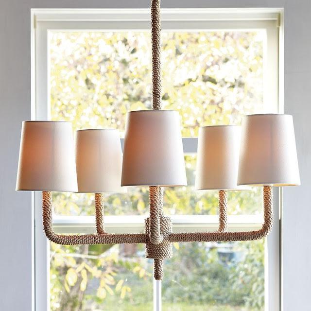 Lámpara de techo con cuerda.