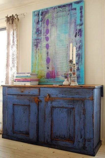 Mueble de cocina , decapado en tono azul añil.