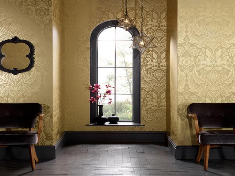 Papel pintado para vestir tus paredes te atreves for Damask wallpaper living room ideas