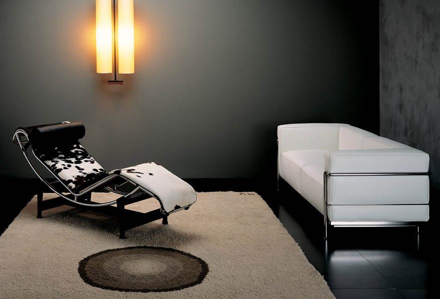 Clásica Chaise longue  de Le Corbusier.
