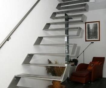 Escaleras de impactantes dise os for Formas de escaleras de concreto