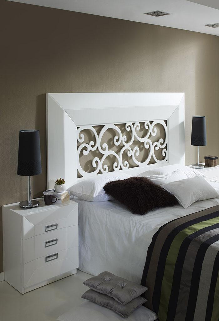 Muebles con calados decorativos - Laca blanca para madera ...