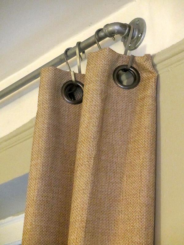 Original barra de cortinas.