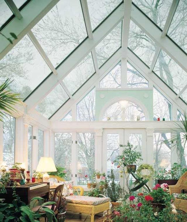 Elegante invernadero, como sala de estar.