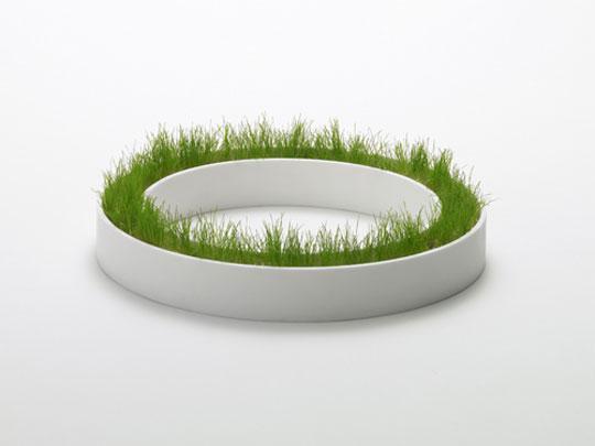 Macetero circular del diseñador japones Chiaki Murata.