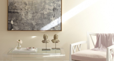 Lucite-table-living-room-1
