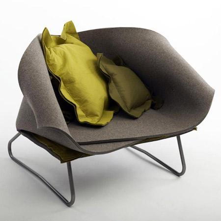 El modelo Felt Up Chair creado por Charlotte Kingsnorth.