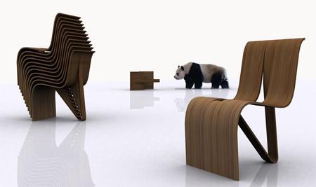 Una original silla apilable de madera de bambú.