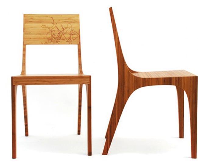 Diseño de silla fabricada con madera de bambú.