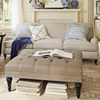 Un diseño con clásico capitoné tapizado con piel.