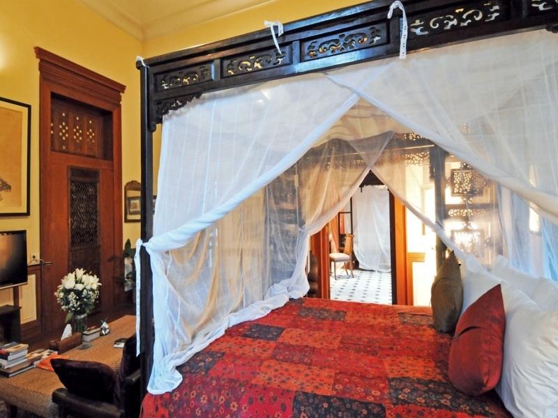 Dormitorios de estilo colonial - Camas estilo colonial ...