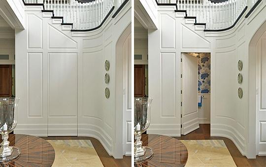La entrada a una habitación oculta en las molduras de la pared.