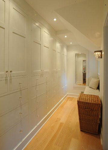Aprovechar los pasillos con armarios - Armario entrada piso ...