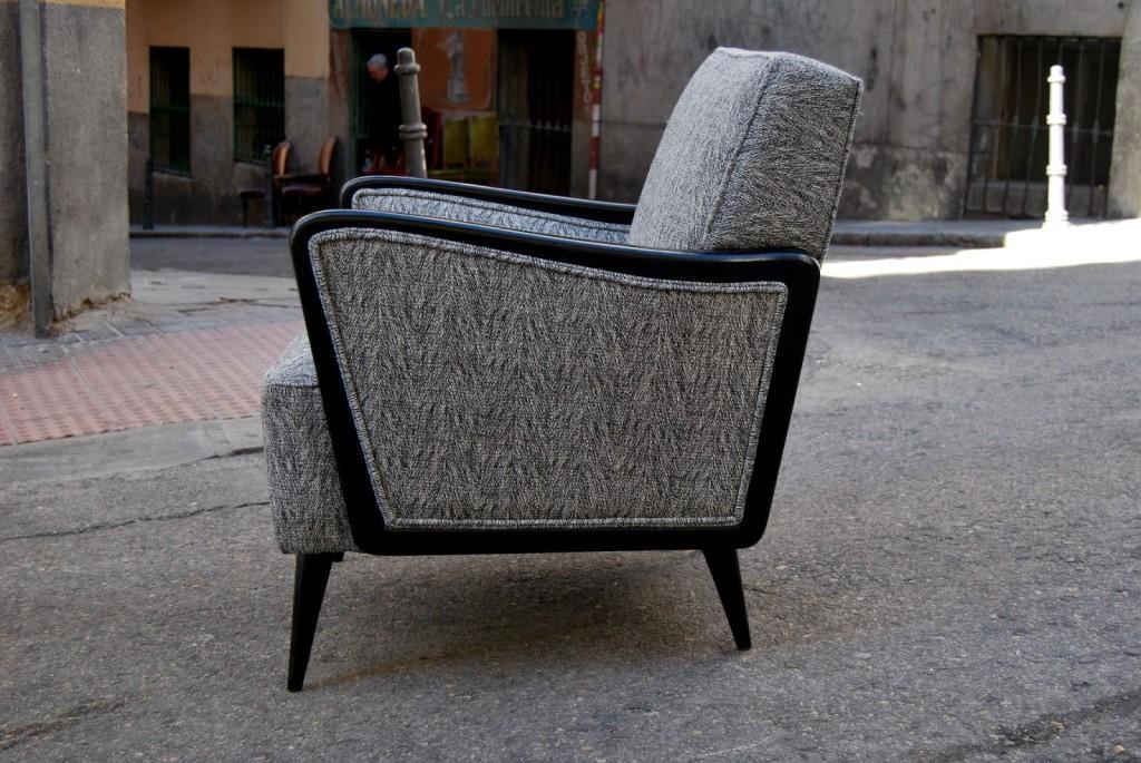 Un modelo de sillón con clasicas espigas típicas de la sastrería.