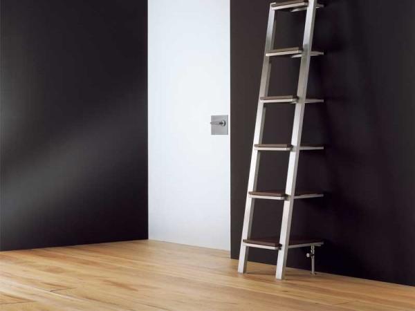 un radiador toallero con forma de esttica escalera