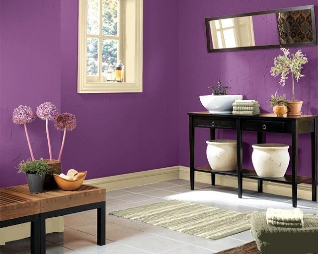 Del violeta al morado - Banos con paredes pintadas ...