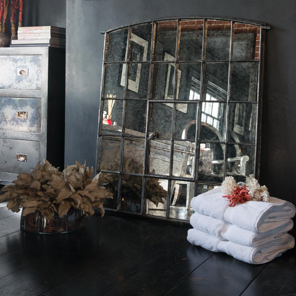 Espejos antiguos reflejos del pasado for Espejo estilo industrial