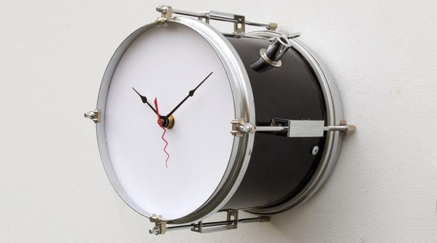 Decorando con instrumentos musicales - Relojes para decorar paredes ...