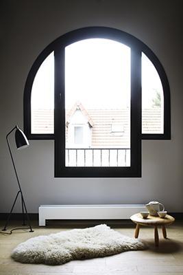 Un modelo de marcado estilo minimalista denominado  150-16 Blanc
