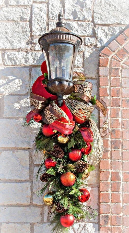 8 ideas para adornar la puerta en navidad for Adorno navidad puerta entrada