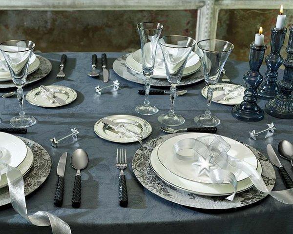 Vistiendo la mesa de navidad for Mesa de navidad elegante