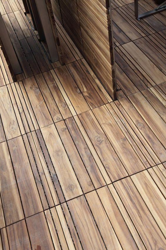La disposición de estas pequeñas lamas de madera, le dan un aspecto más actual.