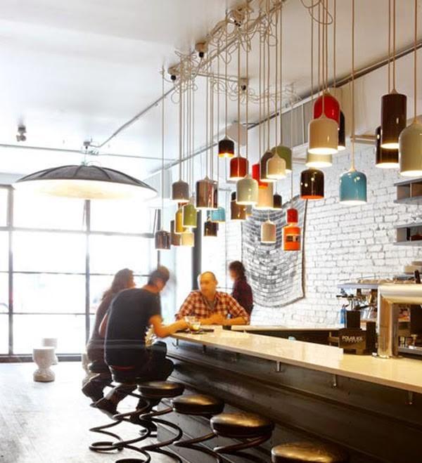 Barras de bar para casas decoracion excellent puede explotar el espacio bajo la escalera y - Barra de bar en casa ...