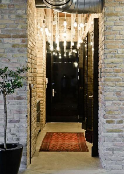 La entrada, ya nos da una idea de como será el interior del apartamento.