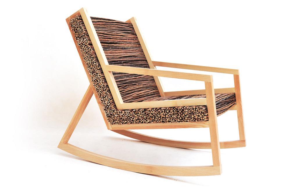 Haluz Rocking Chair es el nombre, de este original diseño de mecedora.