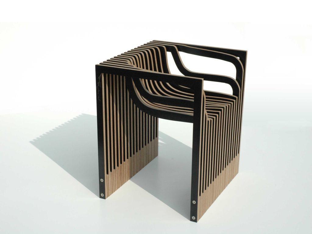 Esta interesante pieza es un diseño del inglés  Julian Mayor.