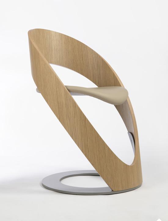 Eclipse es el nombre de esta creación del diseñador Jean-Pierre Mart.
