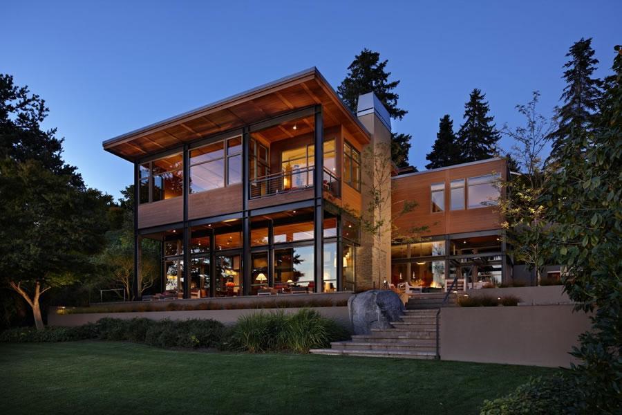 Moderna y rustica al mismo tiempo ,se muestra esta vivienda.