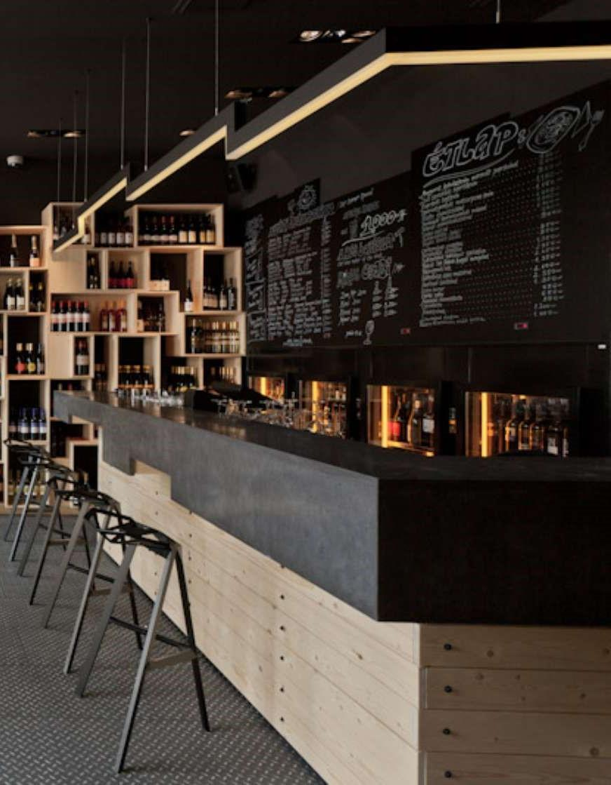 Divino wine bar en budapest - Barras de bar de diseno ...