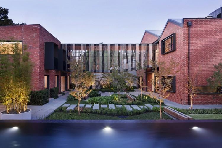 En la imagen una moderna solución arquitectónica, para unificar espacios.
