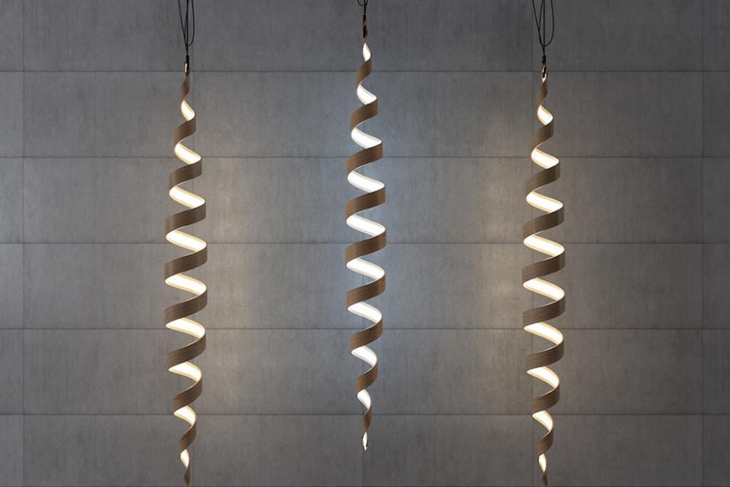 Lámparas de chapa curvada, con forma helicoidal.