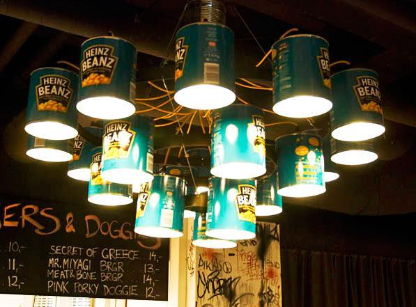 Un diseño construido con latas recicladas, del creador Willem Heeffer.