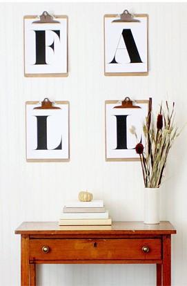 Un toque original, con estas prácticas carpetas con pinza donde podemos cambiar el motivo decorativo con facilidad.