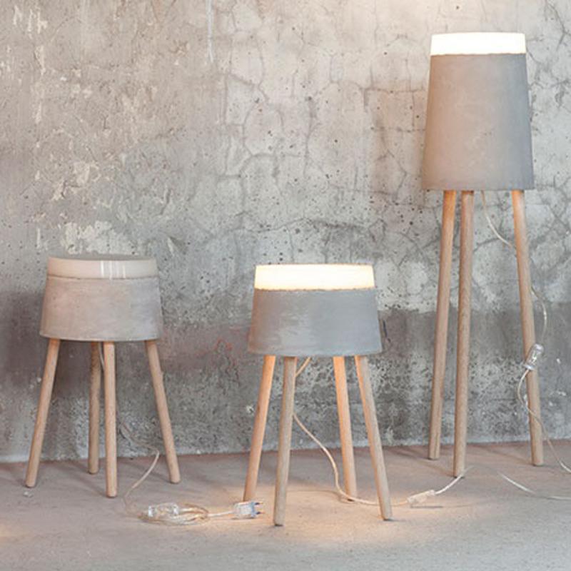 Otros interesantes diseños en cemento, son las lámparas de pie.