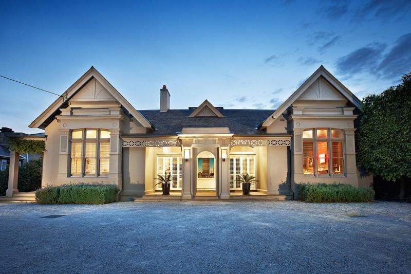 Esta casa esconde una moderna ampliación.