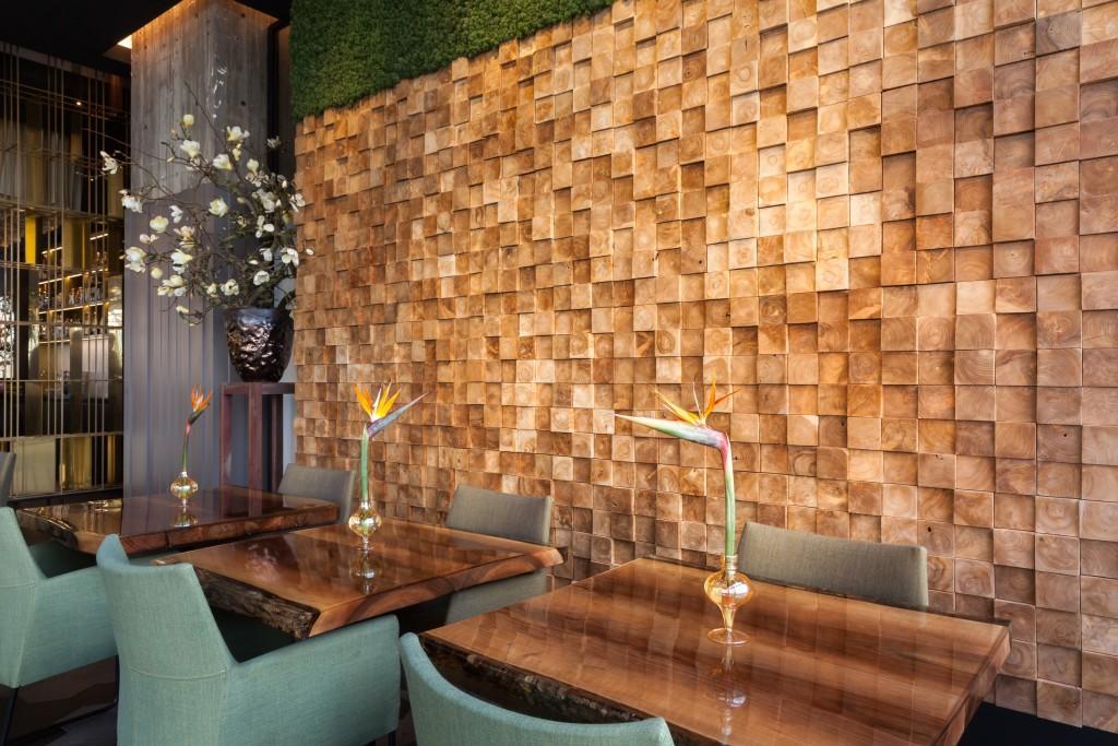 La pared de este restaurante utilizó este tipo de paneles, en su decoración.