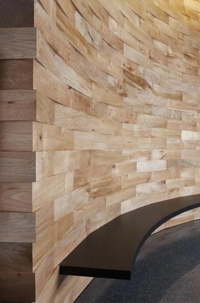 Otra interesante composición con madera reciclada.