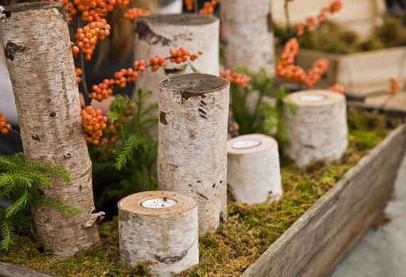 Un centro de mesa que imita el suelo de un bosque.