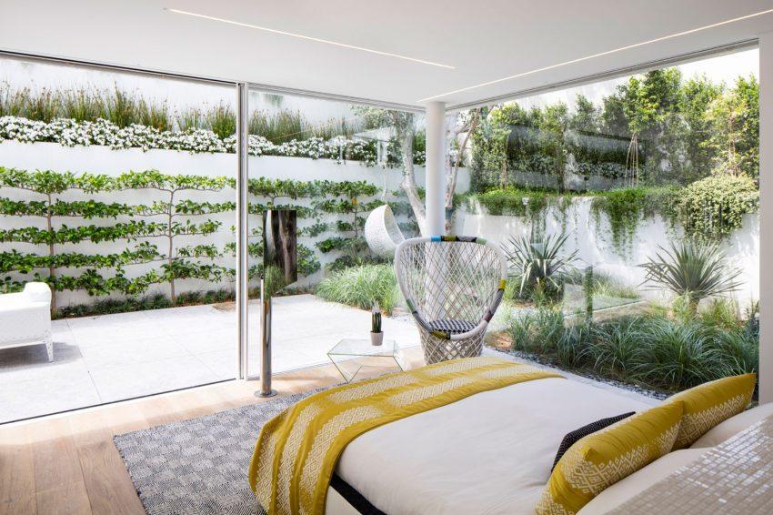 Dormitorio con acceso al exterior.