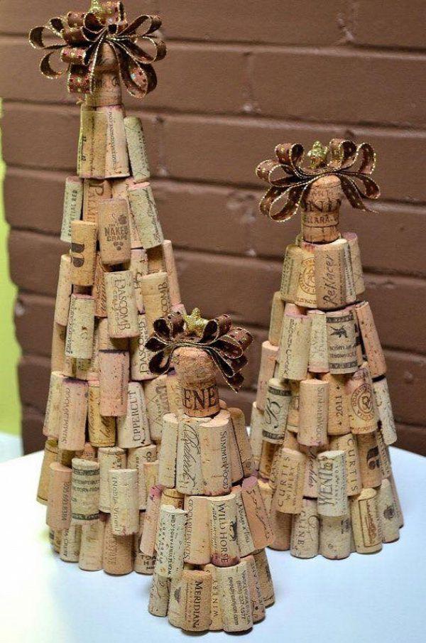 Árboles de navidad de tapones de corcho.