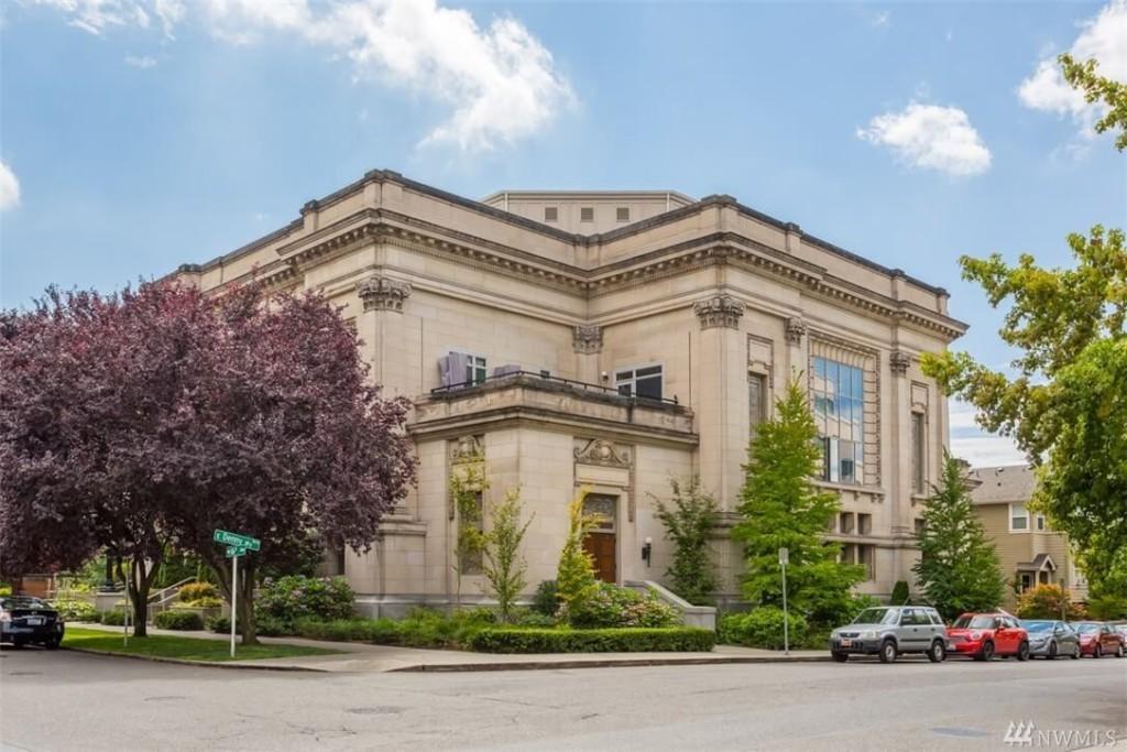 En la imagen la fachada principal del clásico edificio.