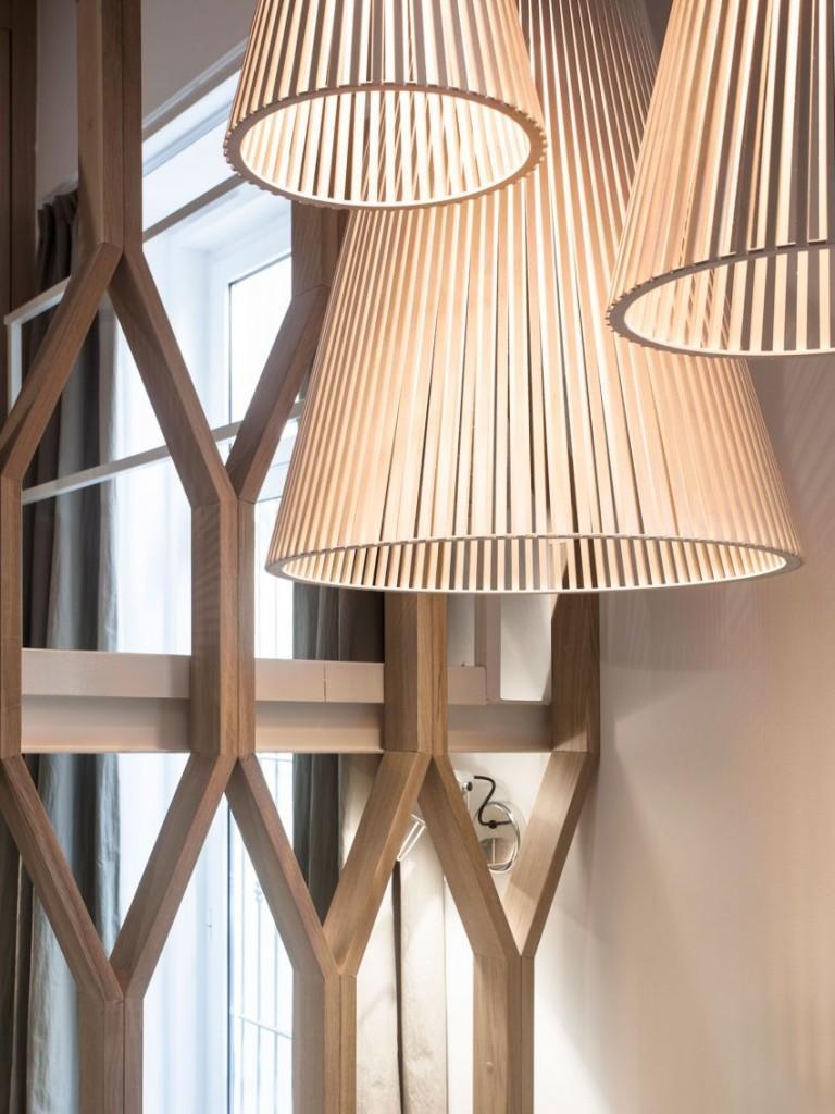 Un interesante diseño de lámparas colgantes.