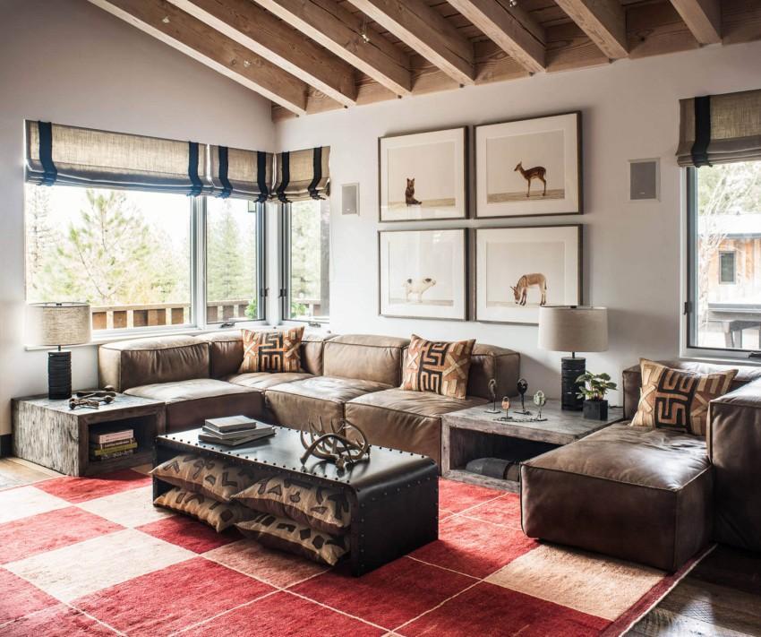 La zona de sofás, se compone de un mullido modelo modular.