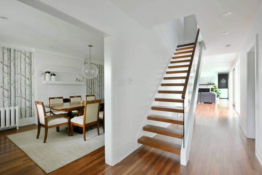Imagen de la misma escalera, desde otro punto de vista.