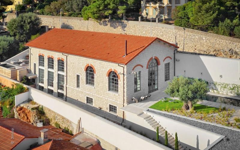 Imagen del edificio industrial.